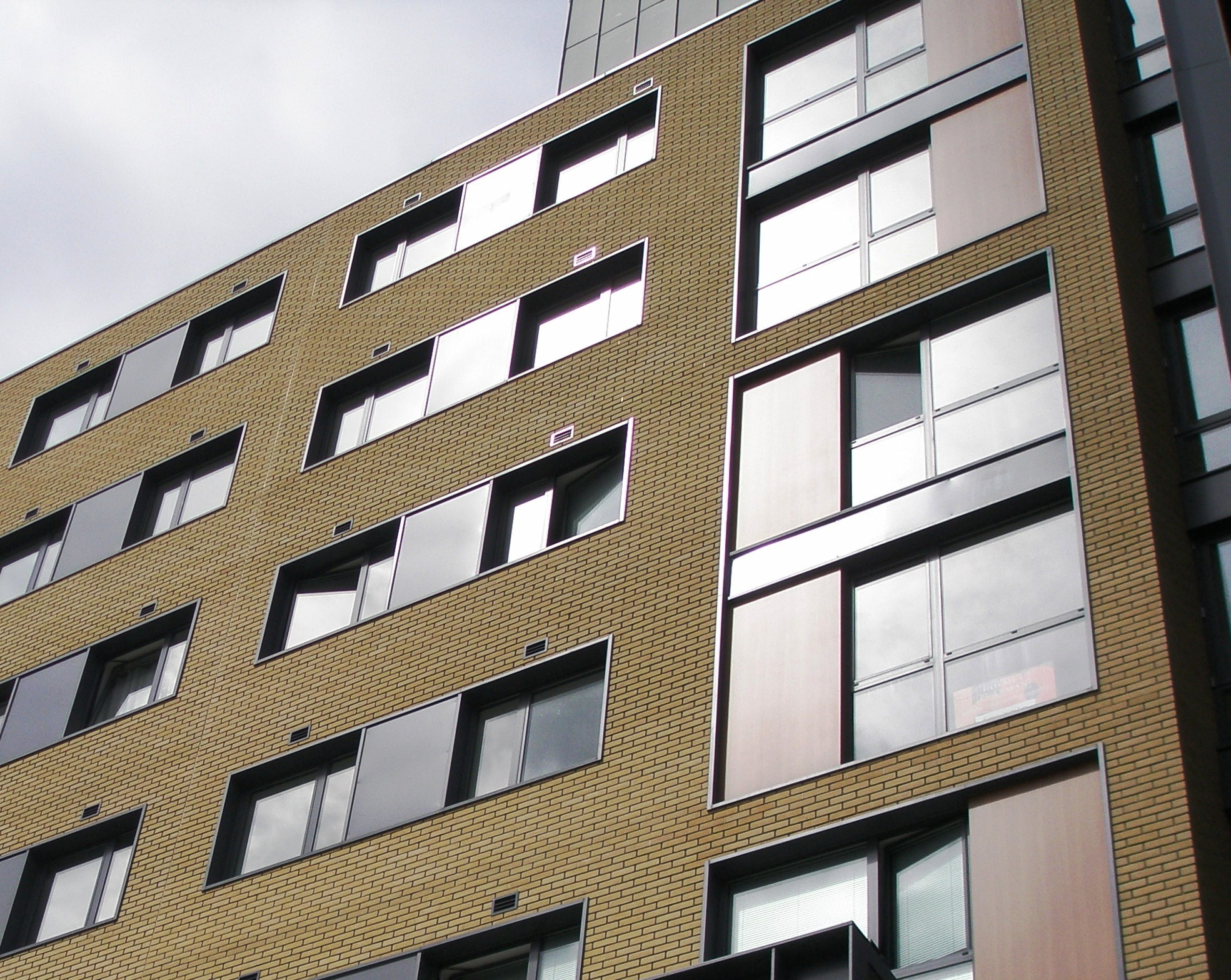 Comar Window Systems Improve Performance
