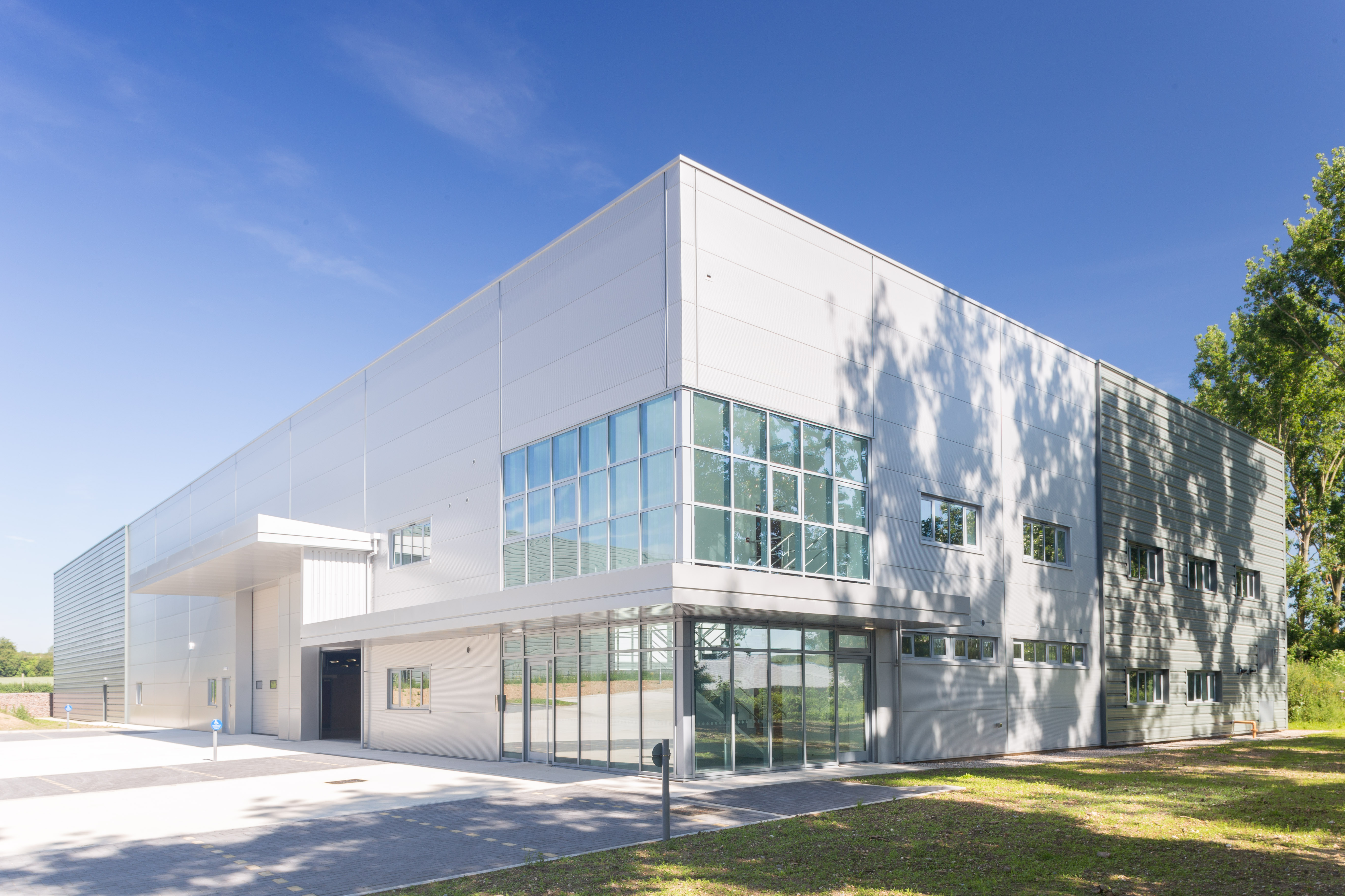 Aluminium Windows & Doors for Warehouse & Offices